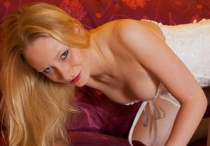 Assira - telefon sex mit cam